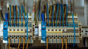 wire 108